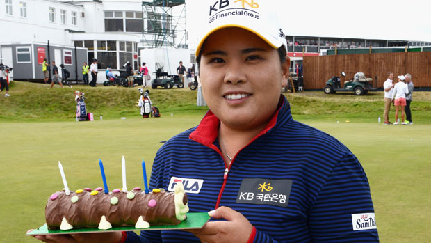 Inbee Park celebrates her birthday at the 2014 RICOH Women's British Open