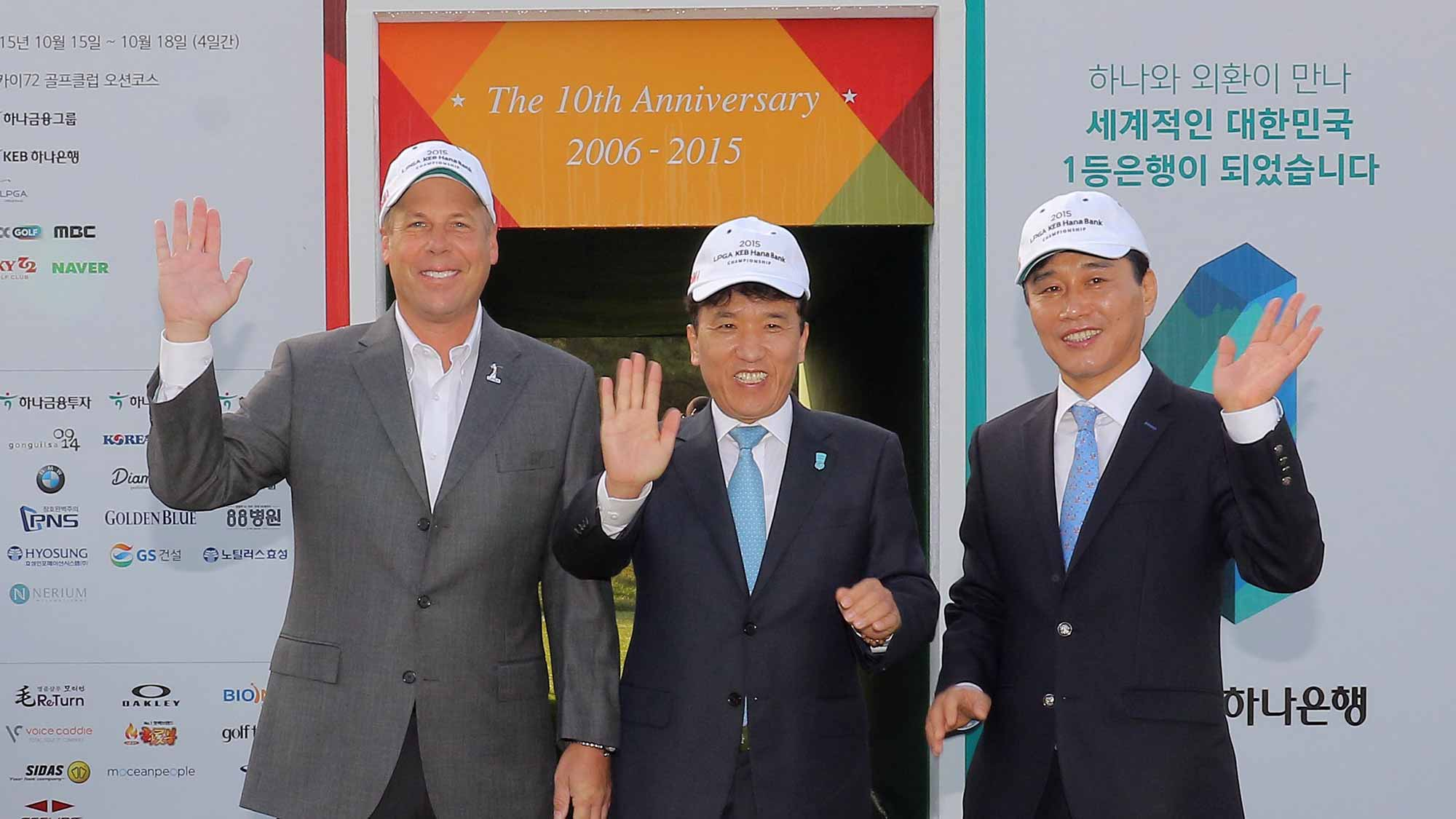 The Opening Ceremony of the LPGA KEB Hana Bank Championship Was Held Thursday Morning at the Ocean Course