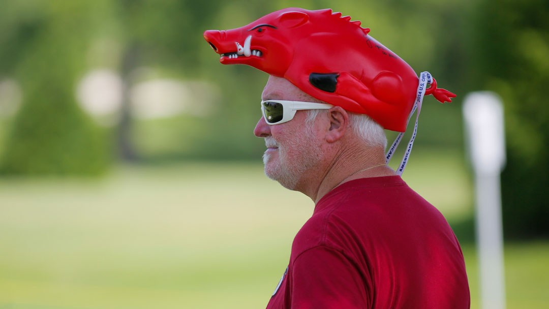 Razorback fan watching Stacy Lewis and Gaby Lopez during their Tuesday Practice round